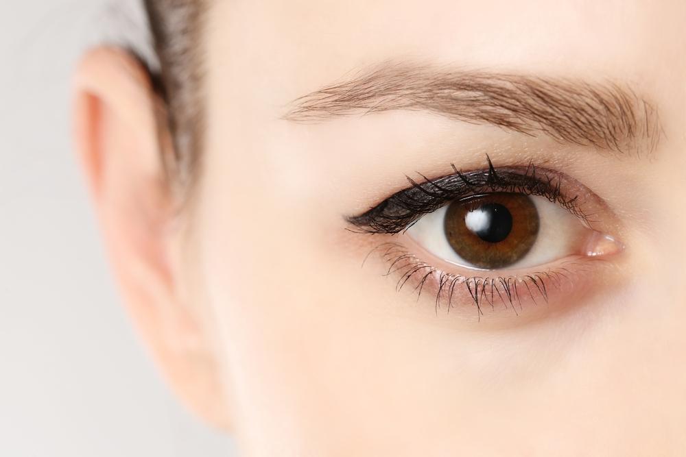 目の美容整形のメリット