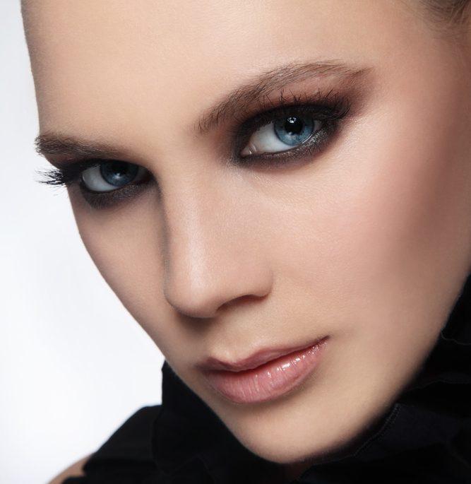 ゴルゴラインのくまを解消する効果的な美容整形と名医