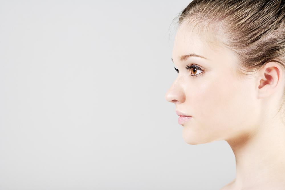 鼻を高くする整形(注射・手術)
