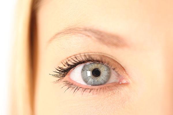下眼瞼切開法のメリット