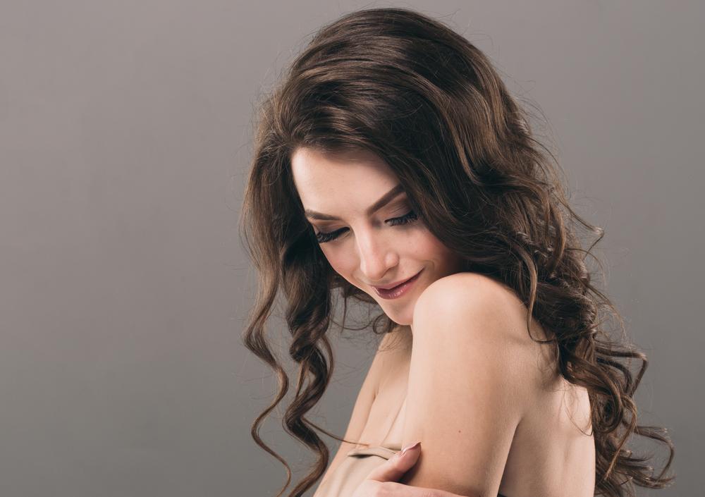 ゴルゴラインのたるみを解消する効果的な美容整形と名医