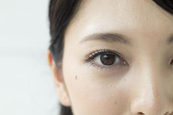 眼瞼下垂(腱膜前転法)のメリット