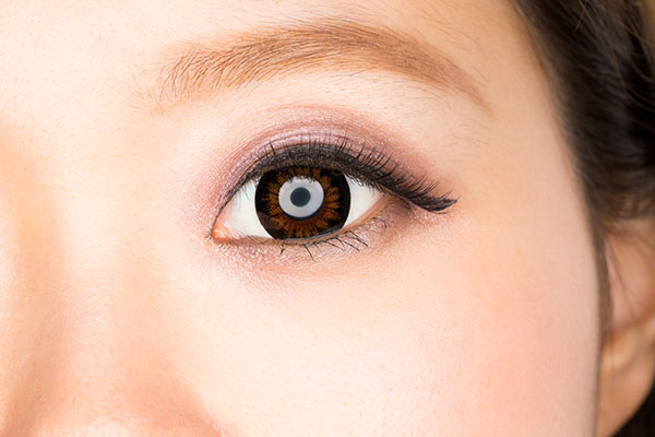 眼瞼下垂(挙筋短縮法)のアフターケア