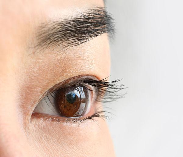 眼瞼下垂(挙筋短縮法)のメリット