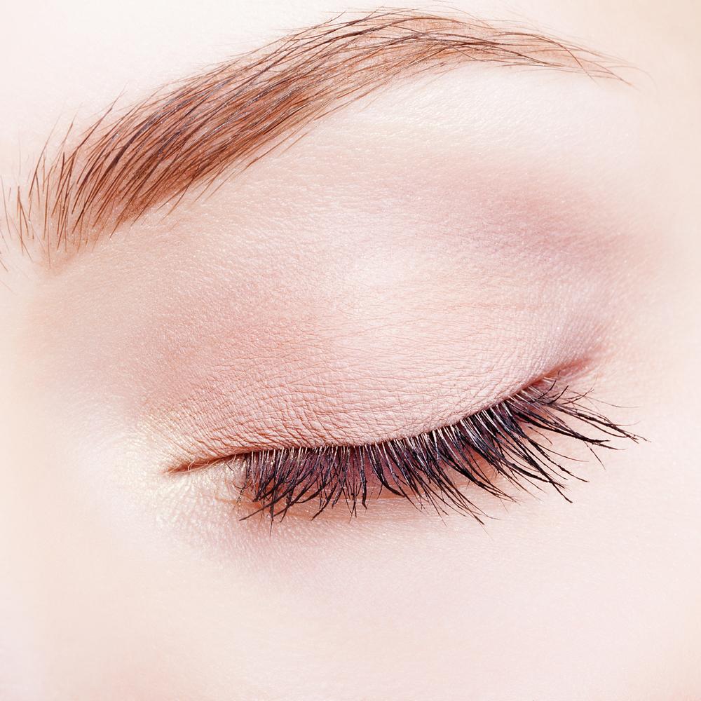 目の上のくぼみ解消の美容整形を理解するポイント10個まとめ