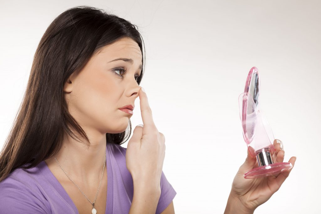 鼻中隔延長術(保存軟骨移植)のアフターケア