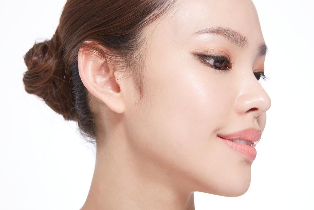 鼻を細くする整形の症例写真