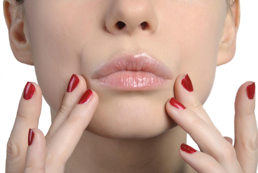 鼻の穴を小さくする整形の失敗とは?