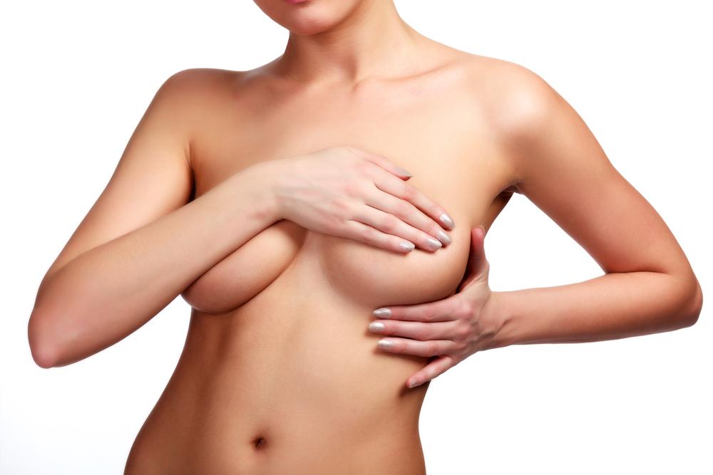 大胸筋筋膜下法(豊胸バッグ)を受けるメリット