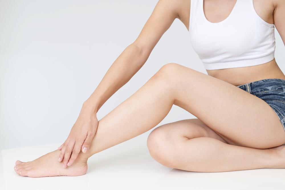 ふくらはぎ整形(下腿筋萎縮)を受けるデメリット2項目とは