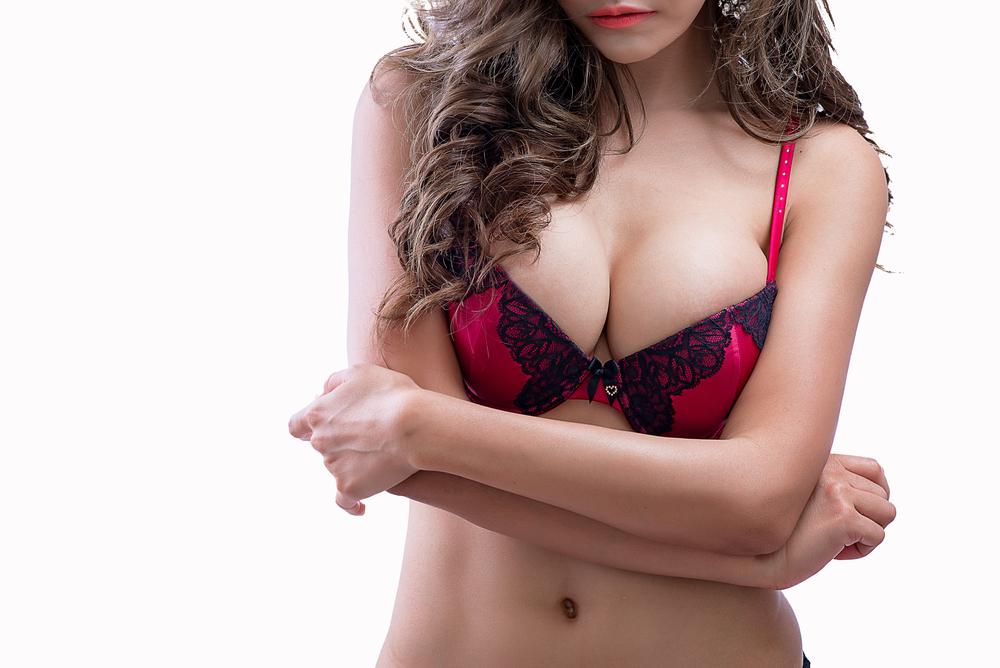 乳房縮小術(リダクション)に失敗するとどうなる?3例を紹介!